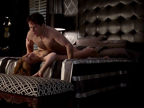 Alexandra Breckenridge, Janina Gavankar – True Blood (2011)
