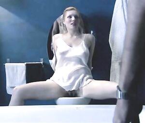 Anna Jimskaia  nackt