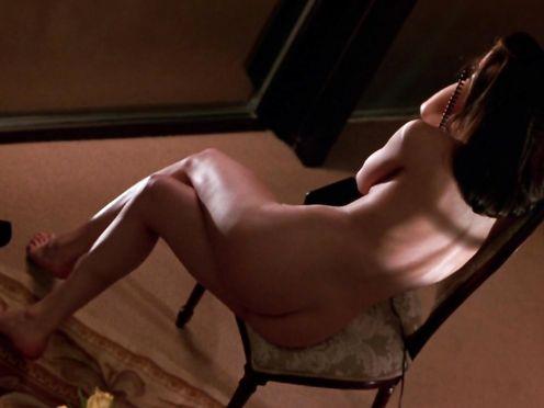 Linda Fiorentino – Jade (1995)