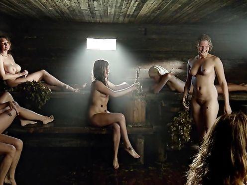 Kristina Asmus, Evgeniya Malakhova, Agniya Kuznetsova – A zori zdes tikhie (2015)