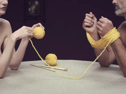 AIDES – Knitting