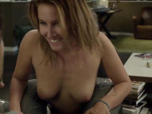 Lila Salet, Ludivine Sagnier naked – Amour & turbulences (2013)