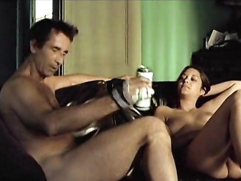 Marion Cotillard – Une Affaire Privee (2002)