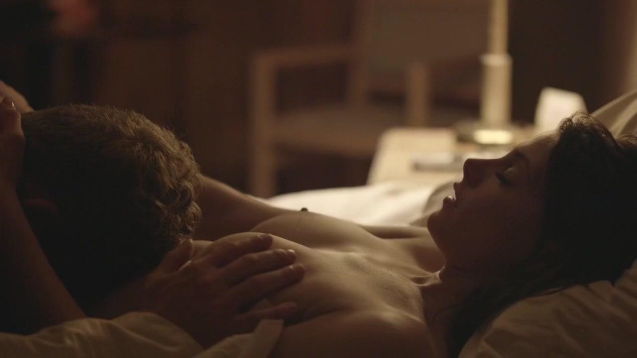 Images with romantic sex scenes