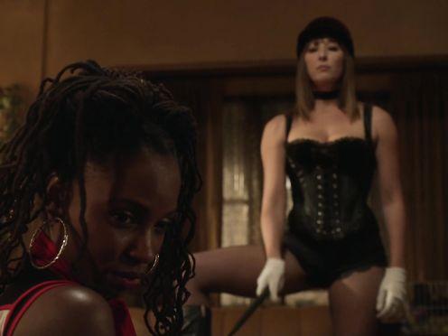 Isidora Goreshter, Shanola Hampton naked – Shameless S07E04 (2016)