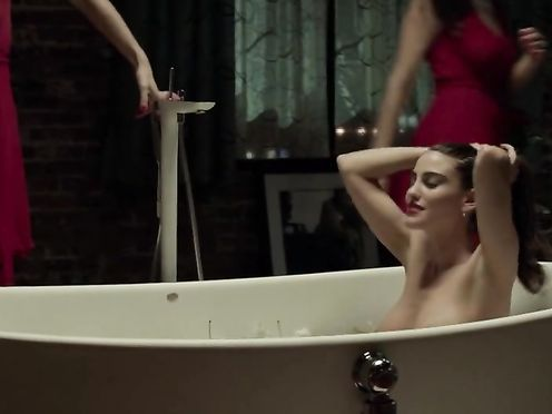 Luisa Moraes, Abbie Cornish naked – Solace (2015)