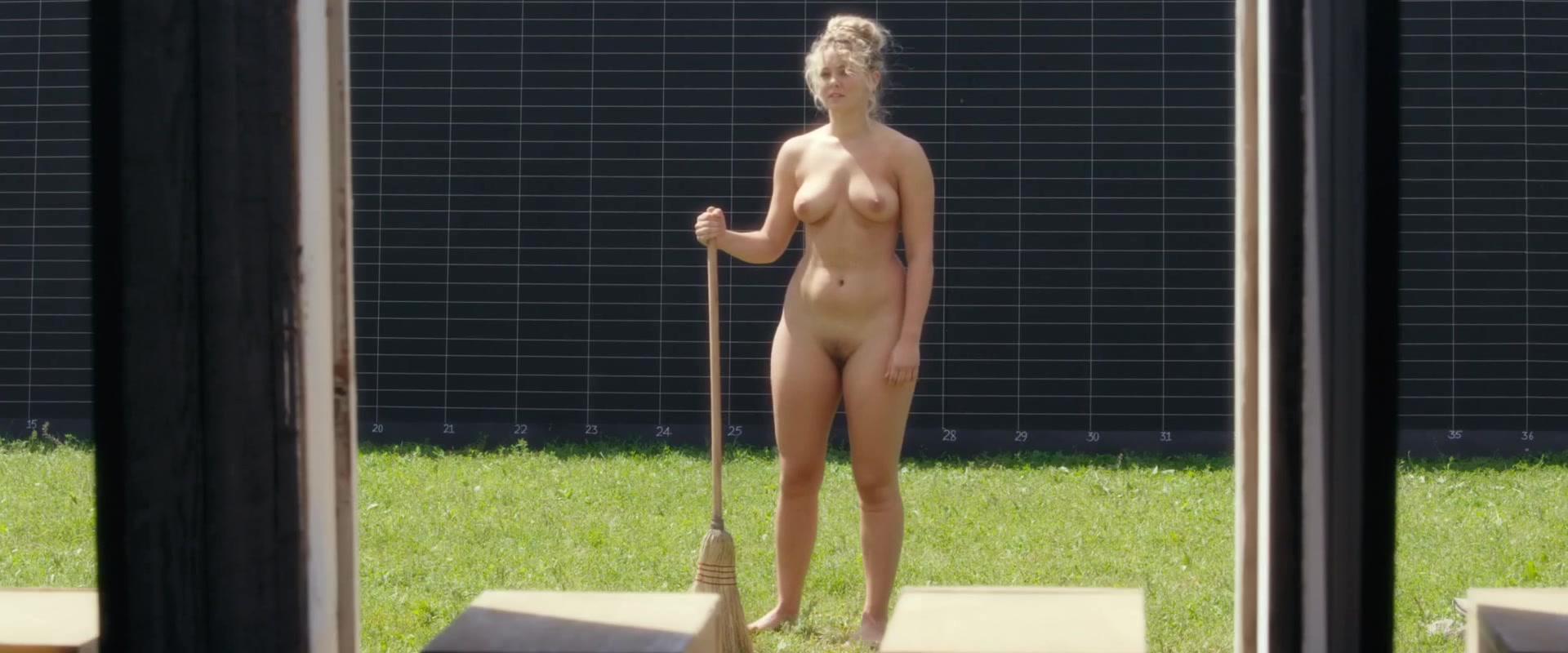 Sara canning nackt