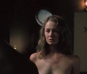 Carolina Miranda  nackt