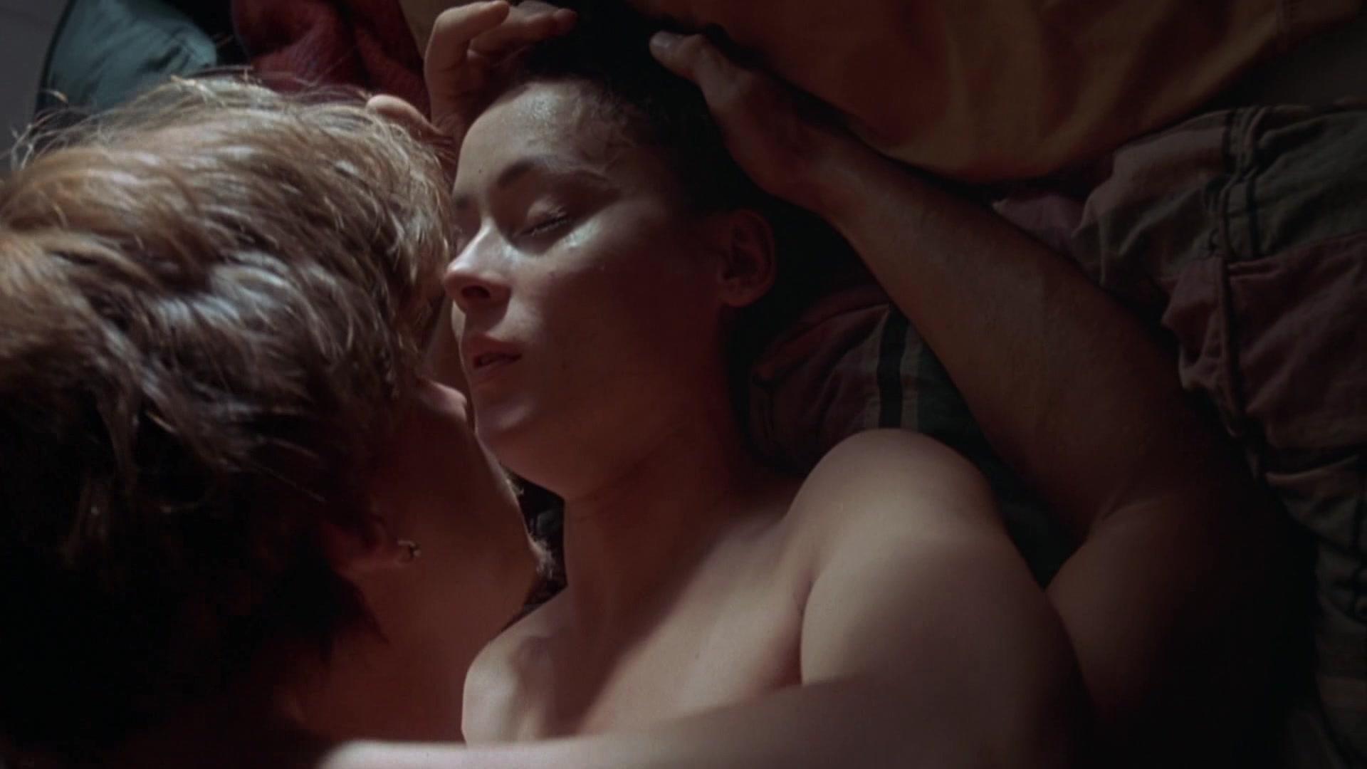 Parker Posey, Meg Tilly, Joey Lauren Adams Nude - Sleep With Me 1994 -7931