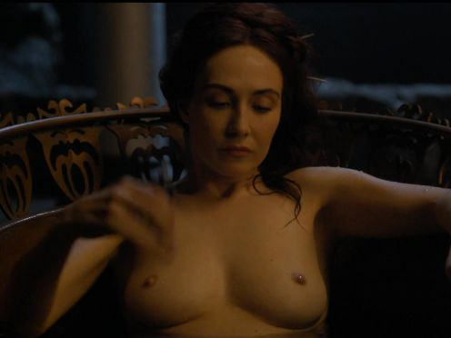 Carice Van Houten naked in GAME OF THRONES (S04 E07)