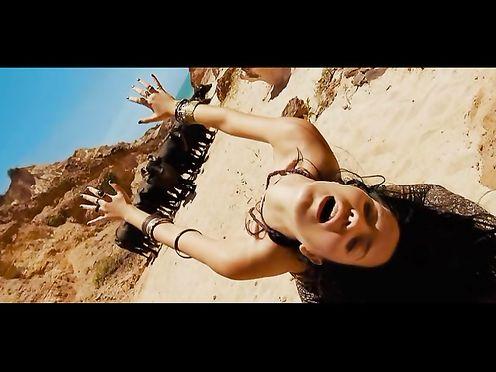 Livia De Bueno Nathalia Dill Paraísos Artificiais (2012) (Paradise)