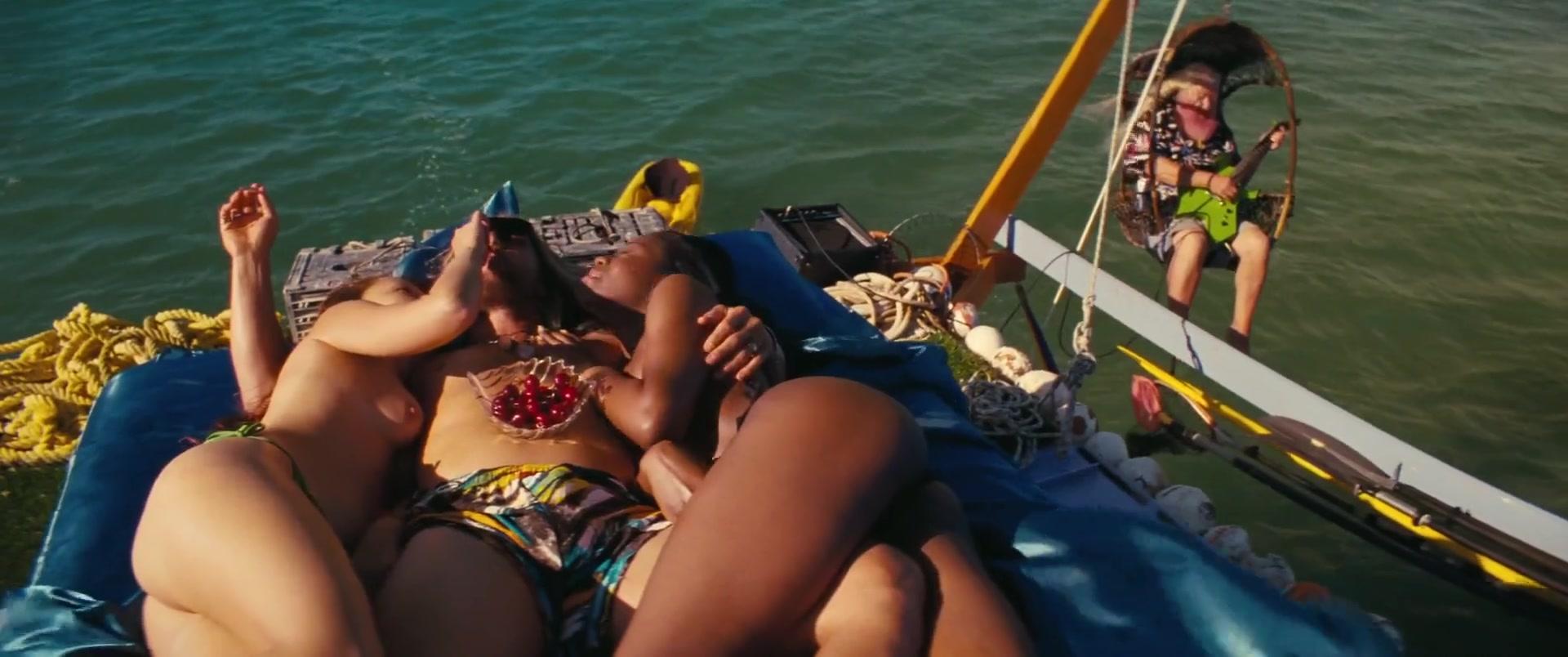 Isla Fisher Nude Photos isla fisher nude - the beach bum (2019) » nude celebs tube