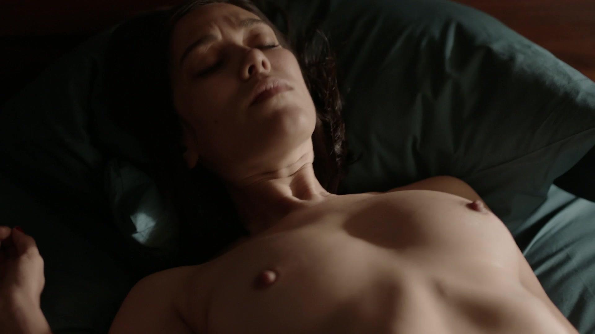 Giulia Gorietti Nude mishel prada, maria-elena laas nude - vida s02e03 (2019