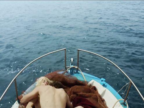 Adriana Ugarte naked – Julieta (2016)