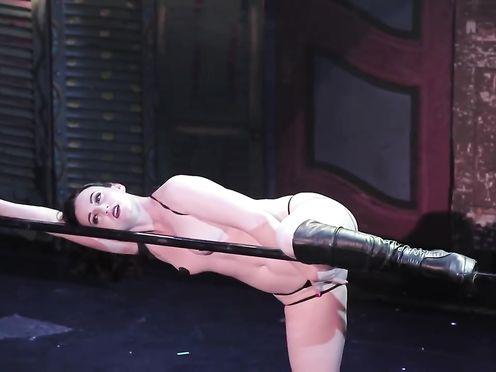 Burlesque Strip SHOW-32-Nude Michelle L'amour