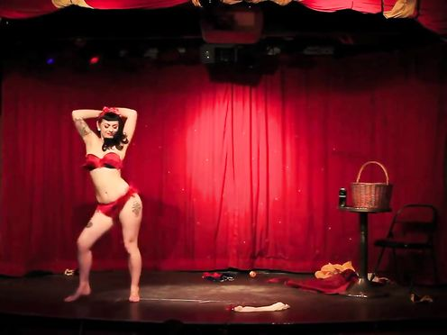 Strip BURLESK Show – Chantilly Lace