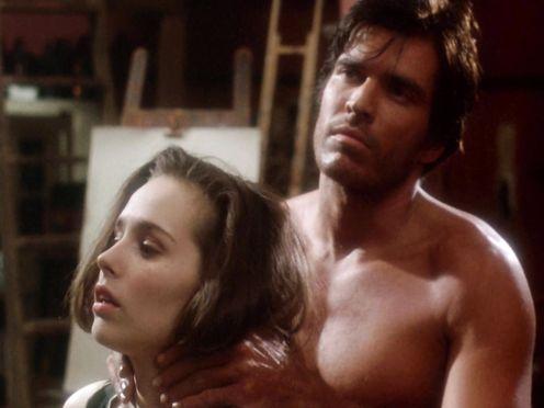 Tara Fitzgerald naked – Sirens (1993)