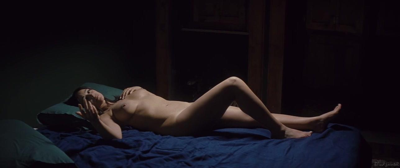 Порно постельные сцены моника белуччи видео смотреть онлайн
