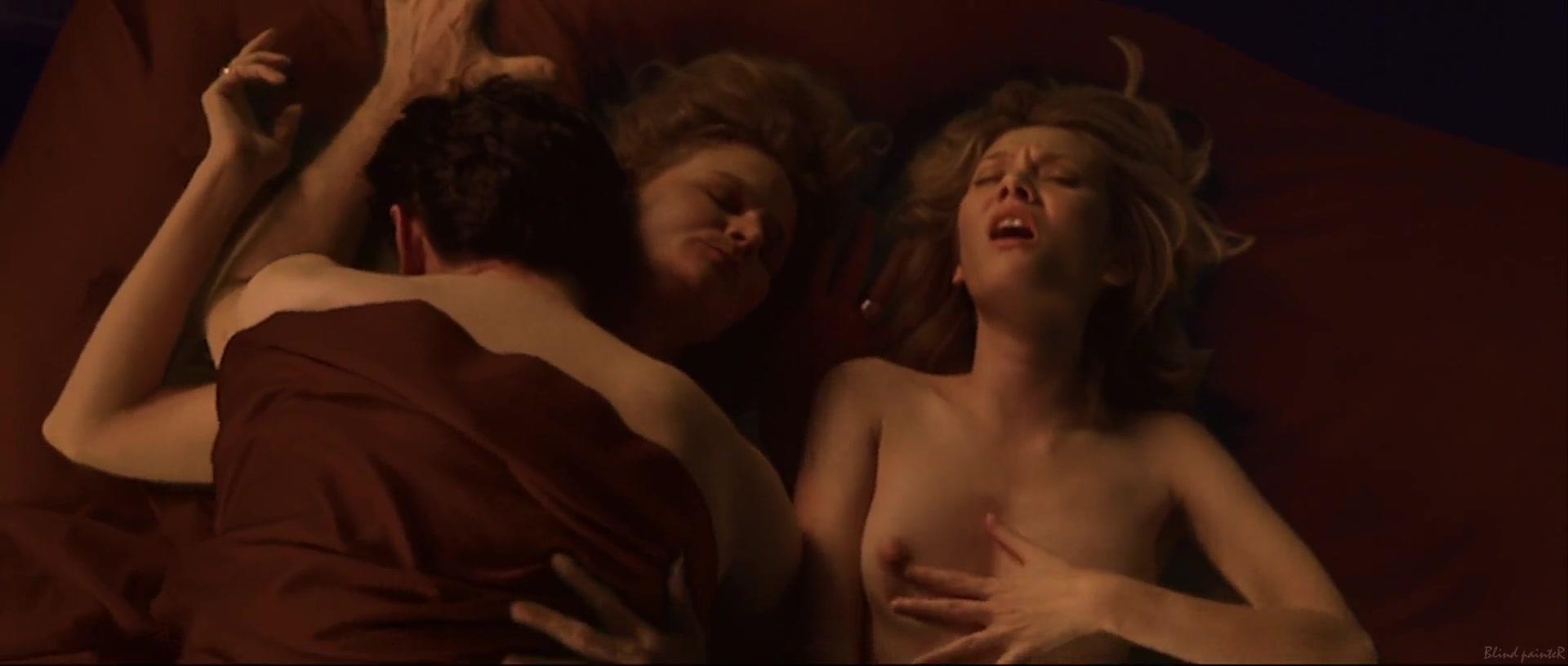 Nude mature amatuer women