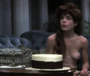 Nude elizabeth mcgovern Downton Abbey