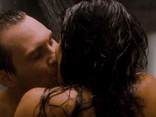 Patricia Velasquez nude – Mindhunters (2004)