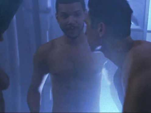 Robin Tunney naked – Supernova (2000)