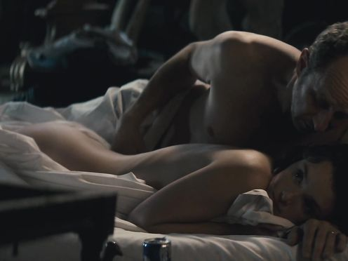 Charlotte Le Bon nude – Le Grand Mechant Loup (2013)