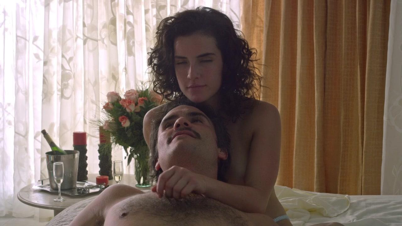 Narcos Escenas Porno adria arjona & joanna christie & paulina gaitan & laura