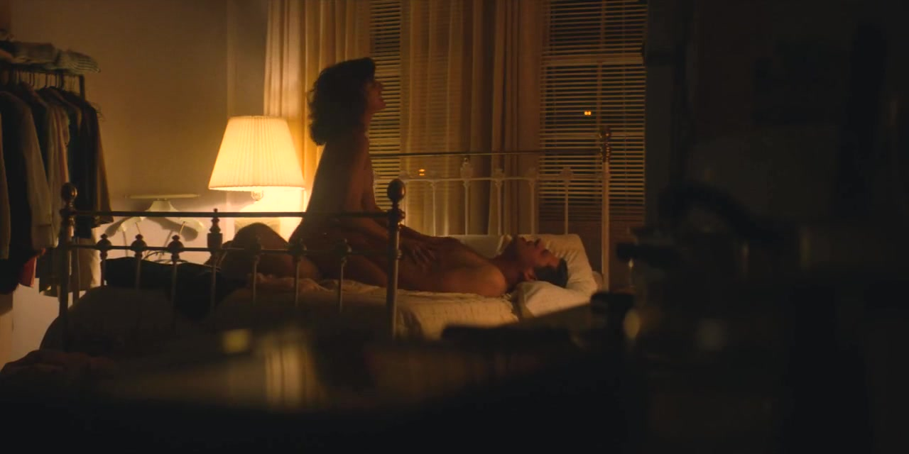 Alison brie nude sex scene in glow series