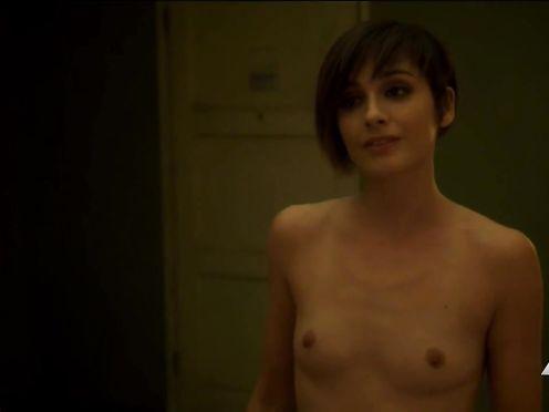 Amelia Jane Murphy Nude – Kingdom – s03e04 (US 2017)