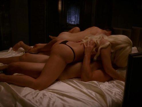 Lady Gaga & Chasty Ballesteros naked – American Horror Story S05E01 (2015)