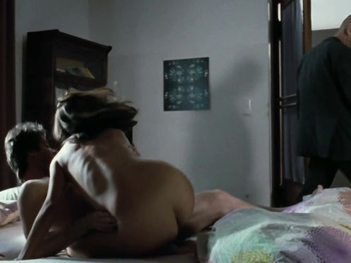 Julia Koschitz naked – Der Fall des Lemming (2009)