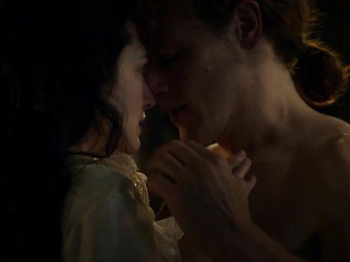 Hannah James naked – Outlander s03e04 (2017)