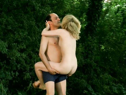 Isabelle Carre naked – LES SENTIMENTS (2003)