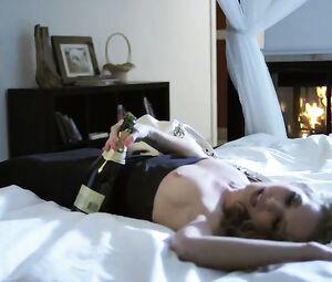 Ward  nackt Amanda Amanda Ward