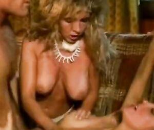 Victoria Paris  nackt