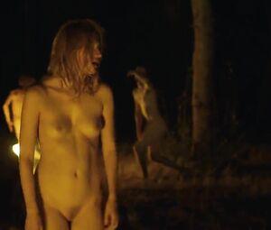 Nackt Heather Marianna  BEHIND THE