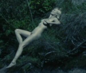 Dunst nude kirstin Kirsten Dunst