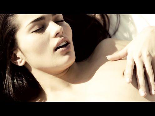 Sara Salamo nude – Tres 60