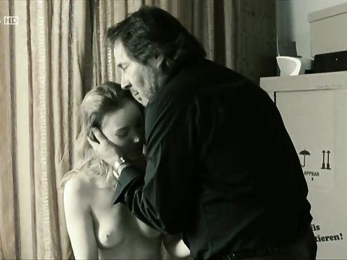 Franziska Petri naked – Schattenwelt (2008)