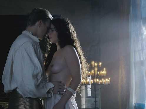 Amy Manson nude – The White Queen s01e06 (2017)