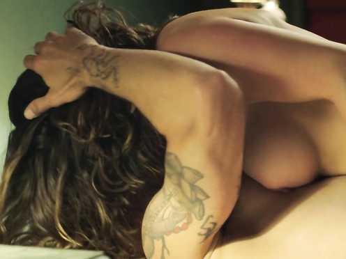 Kate del Castillo naked – Ingobernable s01e12 (2017)