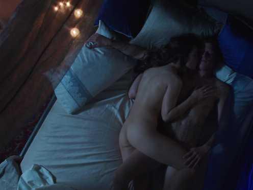 Roxanne McKee – Dominion S01 E2 (2014)