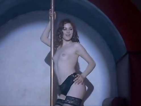 Anna Mouglalis, Andrea Osvart naked – Mare Nero (2006)