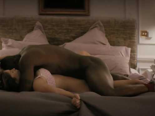 Gemma Arterton hot, Jane Elsmore nude – 100 Streets (2016)
