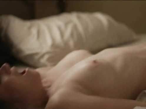 Kathryn Hahn nude – I Enjoy Bone s01e02 (2017)