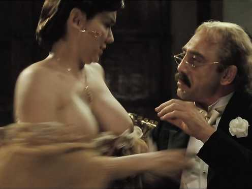Laura Harring nude – Enjoy in the Time of Cholera (2007)