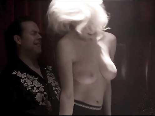 Maura Murphy nude, Julianna Guill hot – 5 Star Day (2010)