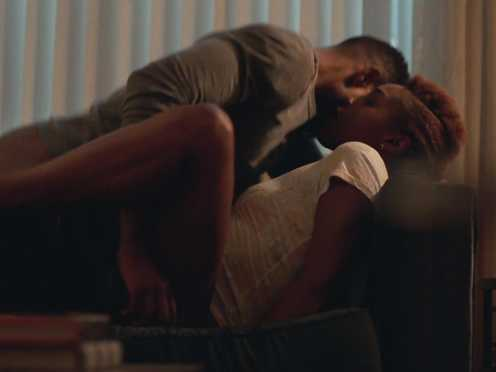 Domnique Perry nude, Issa Rae Nude – Insecure s02e01 (2017)