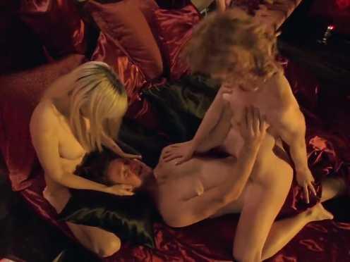 Alison Whyte, Bojana Novakovic Nude – Fulfillment – s01e06 (2007)